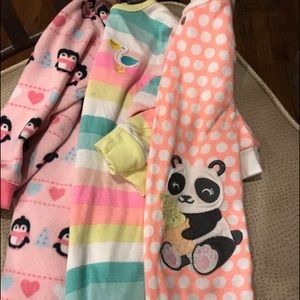 Girls Toddler 2T PJ's   3 total